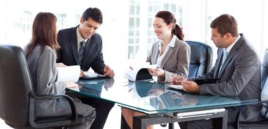 Sprawdzone strategie negocjacji w zakupach z wykorzystaniem perswazji